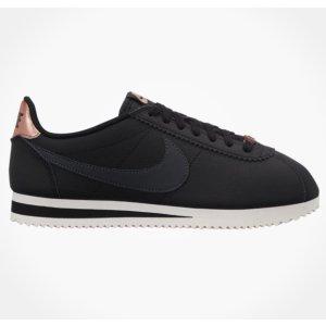 NikeClassic CortezWomen's