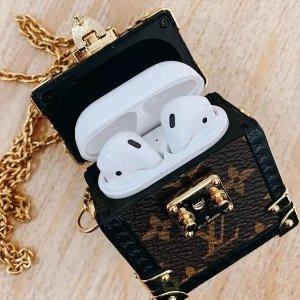 2020早春系列 售价可参考Dior姐妹款Louis Vuitton 新款Airpod箱包保护项链 即将发售
