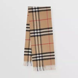 Burberry经典格纹围巾