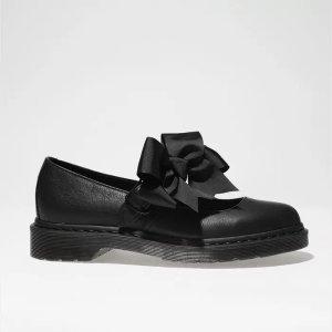 蝴蝶结马丁靴