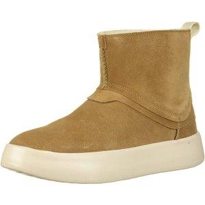 UGG7码靴子