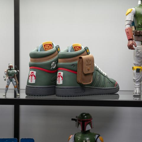 售价€109.95 9月25日零点预告:adidas X Star Wars星球大战联名款波巴 · 费特 Top Ten Hi