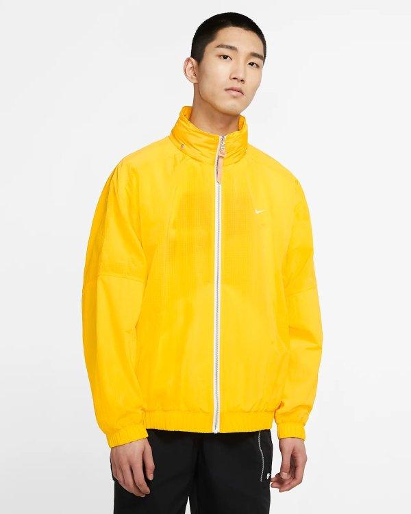 淡黄色外套