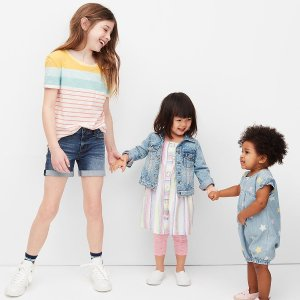 45% offKids Clothing Sale @ Gap