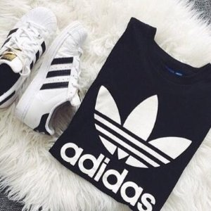 买$50送$10礼卡Adidas官网电子礼卡热卖