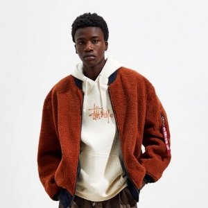 Urban Outfitters Alpha Industries 双面飞行员夹克外套