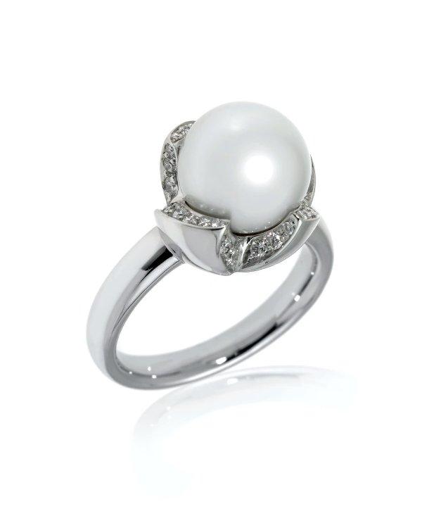 18K白金钻石珍珠戒指