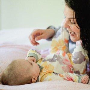 7.5折 宽松版睡衣海量上新Burt's Bees Baby 婴幼童有机棉夏日服饰、用品等特卖