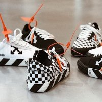 Off-White - Arrow 箭头标签运动鞋
