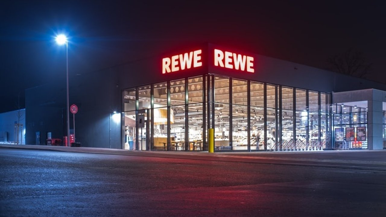 德国超市网红食品测评   杂粮面包、椰奶蛋糕、奶香乌龙、荔枝白茶...带你种草和排雷