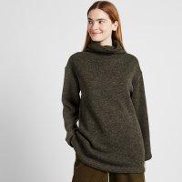 Uniqlo 高领毛衣