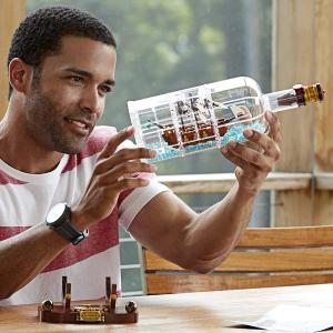 现价 £59.49(原价£69.99)LEGO 乐高 IDEAS 21313 瓶中船特卖