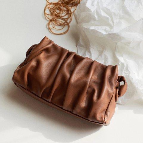 7.5折!£142就收法棍包独家:Elleme 法式小众设计师 爆款云朵包、Baozi、法棍包参与