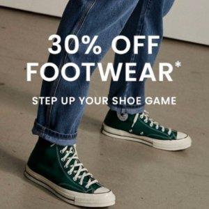 低至5折+一律叠7折最后1天:The Iconic 美鞋闪促 Timberland、收Valentino铆钉平替
