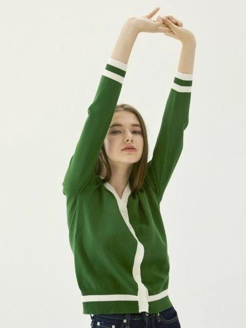 绿色针织开衫