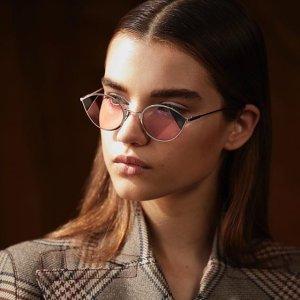 一律$99.99 收必备墨镜Valentino, Miu Miu, Fendi 等精选墨镜热卖