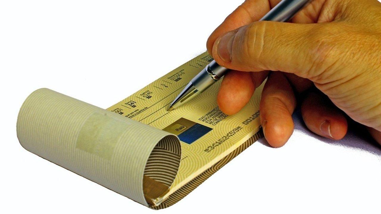 手把手教你在法国使用支票本!法国支票介绍、如何填写、注意事项等!