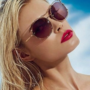 8折 Prada、MiuMiu均参加Sunglass Hut 新款正价墨镜热卖