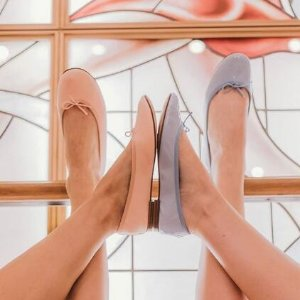 低至5折 $207起收经典CendrillonRepetto 经典芭蕾舞平底鞋热卖  Kate Moss也爱它