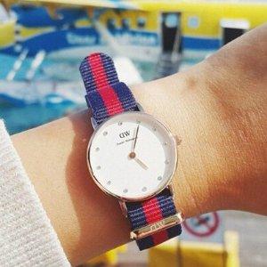 $96.74(原价$185)限今天:Daniel Wellington女士施华洛世奇水晶腕表