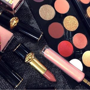 Free GiftPAT McGrath Labs Sitewide Beauty Sale