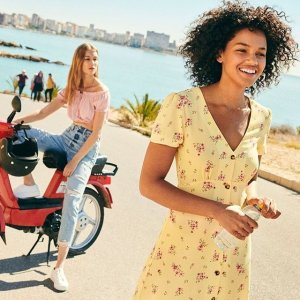 Up to 70% Off + Free ShippingH&M Summer Sale