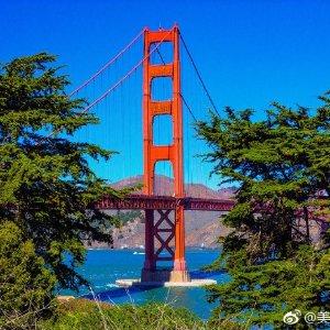 每人1件23 Kg行李汉堡到美国旧金山往返机票€306起 (1月到5月)