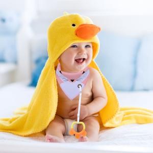 £11.03(原价£32.99)Fascigirl 婴幼儿超萌围嘴套装(4个) 含磨牙玩具