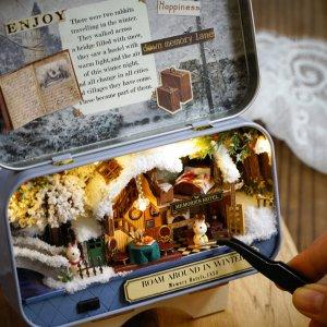 €9.7收封面铁盒款DIY 迷你小屋热卖 手工打造你的梦幻空间 宅家打发时间利器