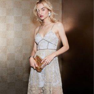 低至2.5折+额外8折 度假美裙现在收Self-Portrait 精选美衣、美裙热卖