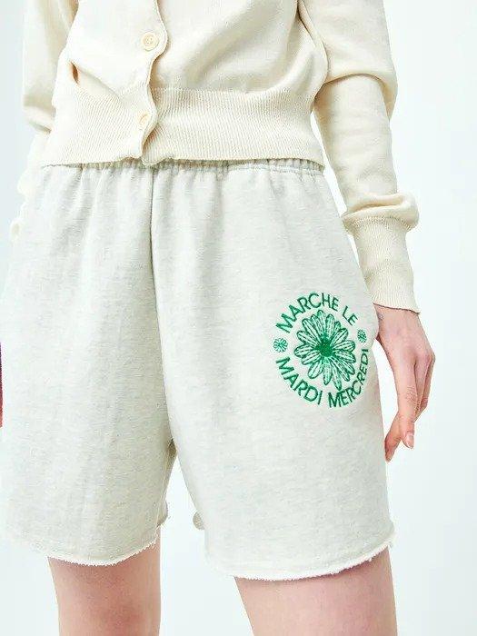 雏菊刺绣短裤