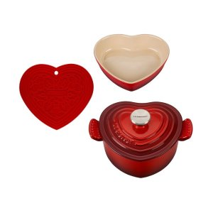 Le CreusetHeart Cookware Set - Factory to Table Sale