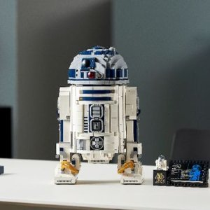 售价€199.99 包含2314个零件新品上市:LEGO 75308 R2-D2机器人 卢卡斯影业50周年特别纪念作品