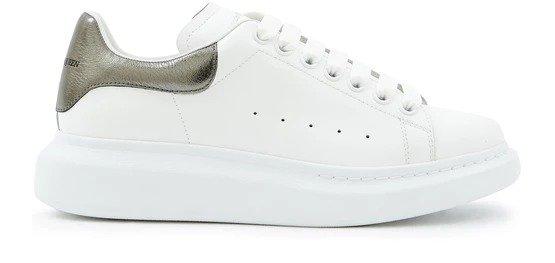 灰珍珠尾小白鞋