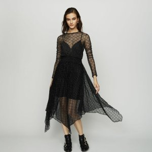 Up To 50% OffDresses Sale @ Maje