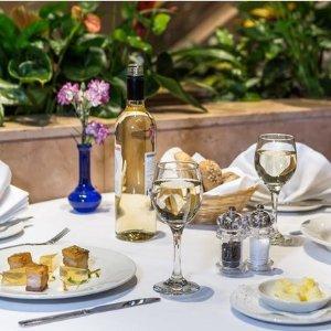3折 两道菜或三道菜近海德公园复古风四星级酒店英国菜套餐 双人£24.95起