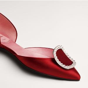 6折 $330码全收樱花粉方扣11.11独家:Roger Vivier方扣、钻扣美鞋热卖 如赫本优雅