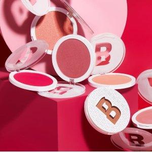 低至6折 €4.2收封面同款腮红Beauty Bay 季末清仓大促 42色哑光眼影盘€13.75、眉笔€3.4
