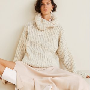 Up To 50% Off + Extra 20% OffMid Season Sale With Extra Discount @ Mango Outlet
