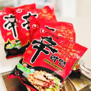 懒人厨房必备 一顿美味仅€1.07农心Nong Shim 经典辛拉面 小吃货囤粮首选 火锅部队锅一起来