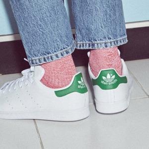 $99 (原价$160) 包邮Adidas Stan Smith 经典绿尾小白鞋特价