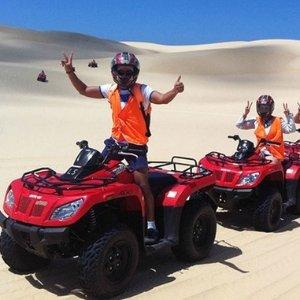 $89 (原价$110)Sand Dune Adventures 单人沙丘越野刺激活动