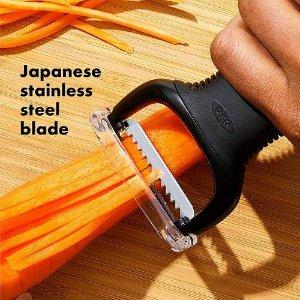 $9.99(原价$10.99)OXO Good Grip 透明翻盖式 果蔬削丝器 厨房必备神器