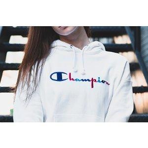 Champion女款卫衣