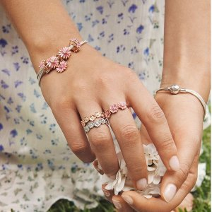 Up to 40% OffPANDORA Rings On Sale