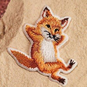 免税8折 刺绣狐狸T$112Maison Kitsune 可爱法国小狐狸久违折扣