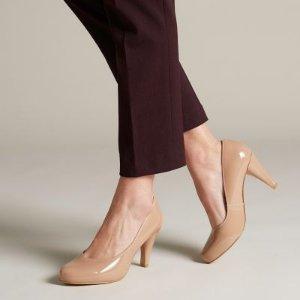 Clarks高跟鞋
