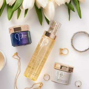 Free 30-Pc Giftswith any $250 Cle de Peau Beaute Purchase @ Barneys