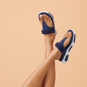 Extra 15% off +  Up to 50% offSpring Sale @FitFlop