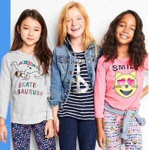 免邮+低至1.5折 儿童T恤$2.39起折扣升级:OshKosh BGosh 儿童服饰清仓区折上额外低至6折